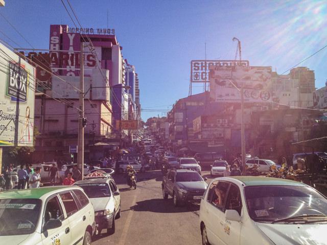 免税の町として知られるパラグアイのシウダ・デル・エステ