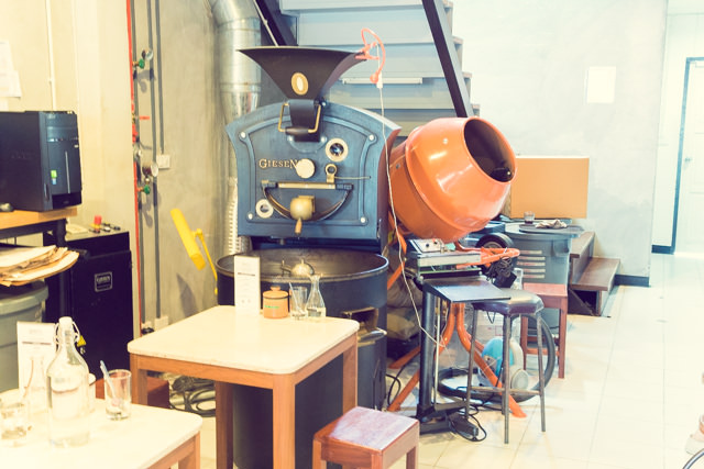 ROOTS COFFEE ROASTERSの焙煎機