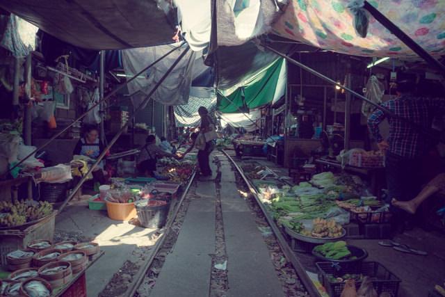 メークローンマーケット