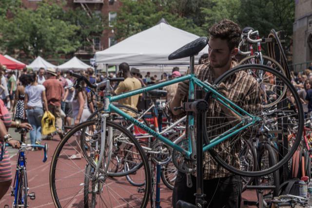 中古自転車を修理して売っています