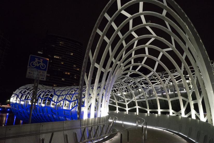 帰り道の橋
