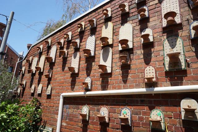 ユニークな壁