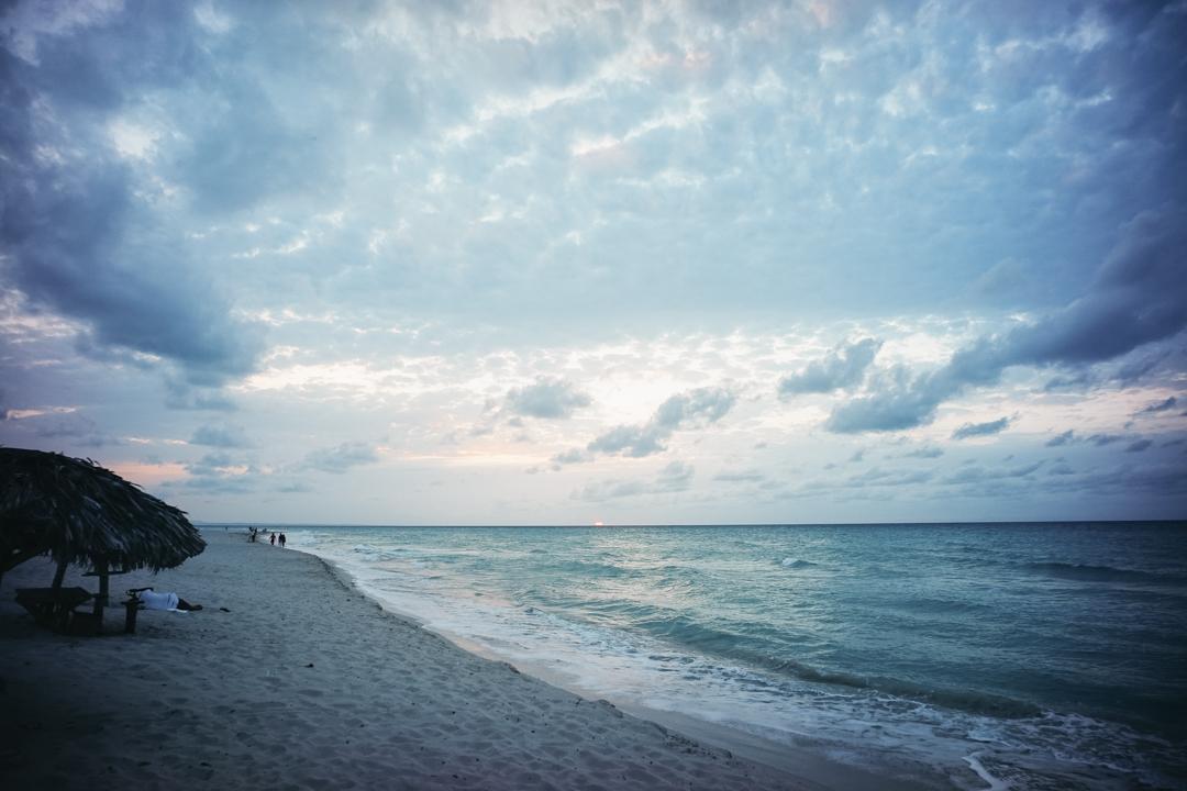 バラデロの海
