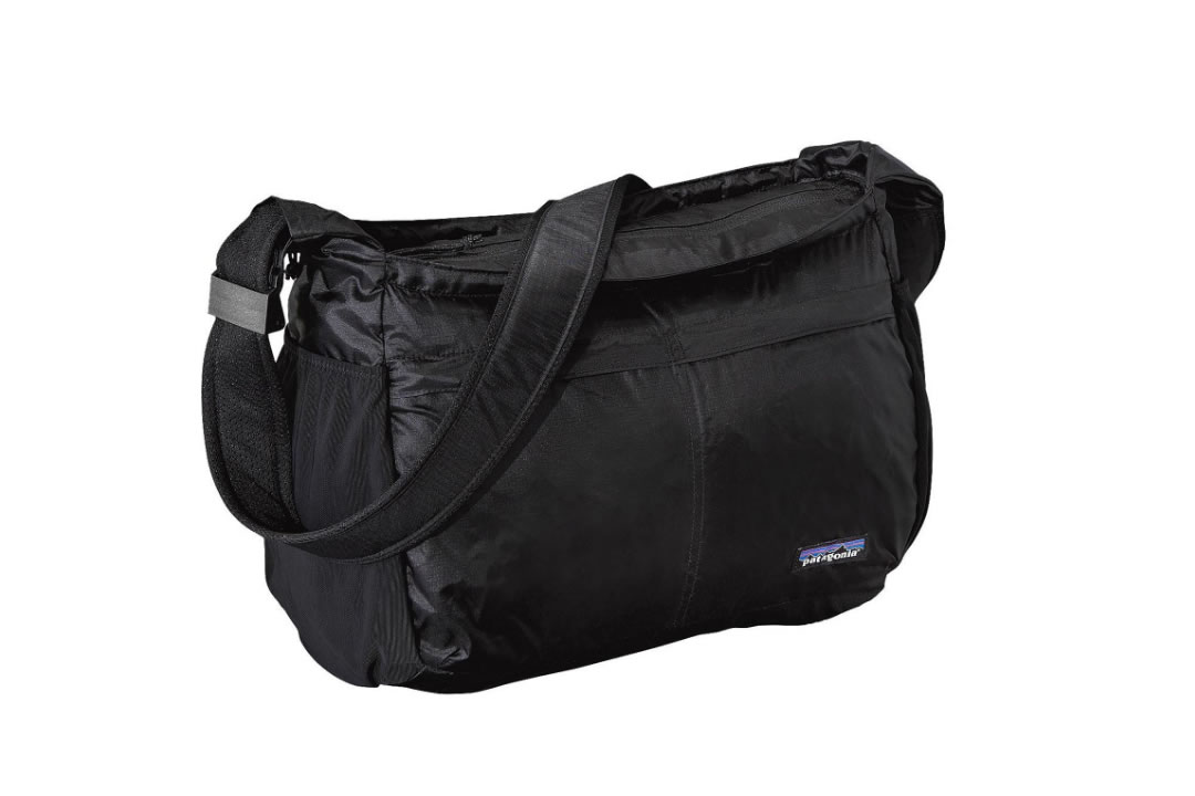 patagonia / Lightweight Travel Courier