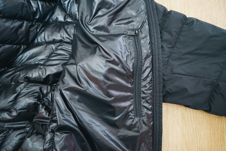 左胸内側のポケット