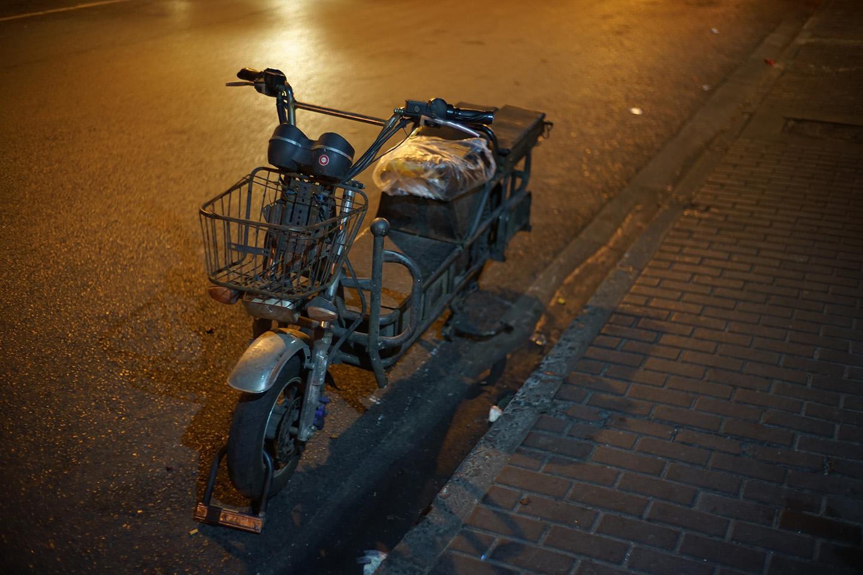 上海でよく見かけた大型の電動スクーター
