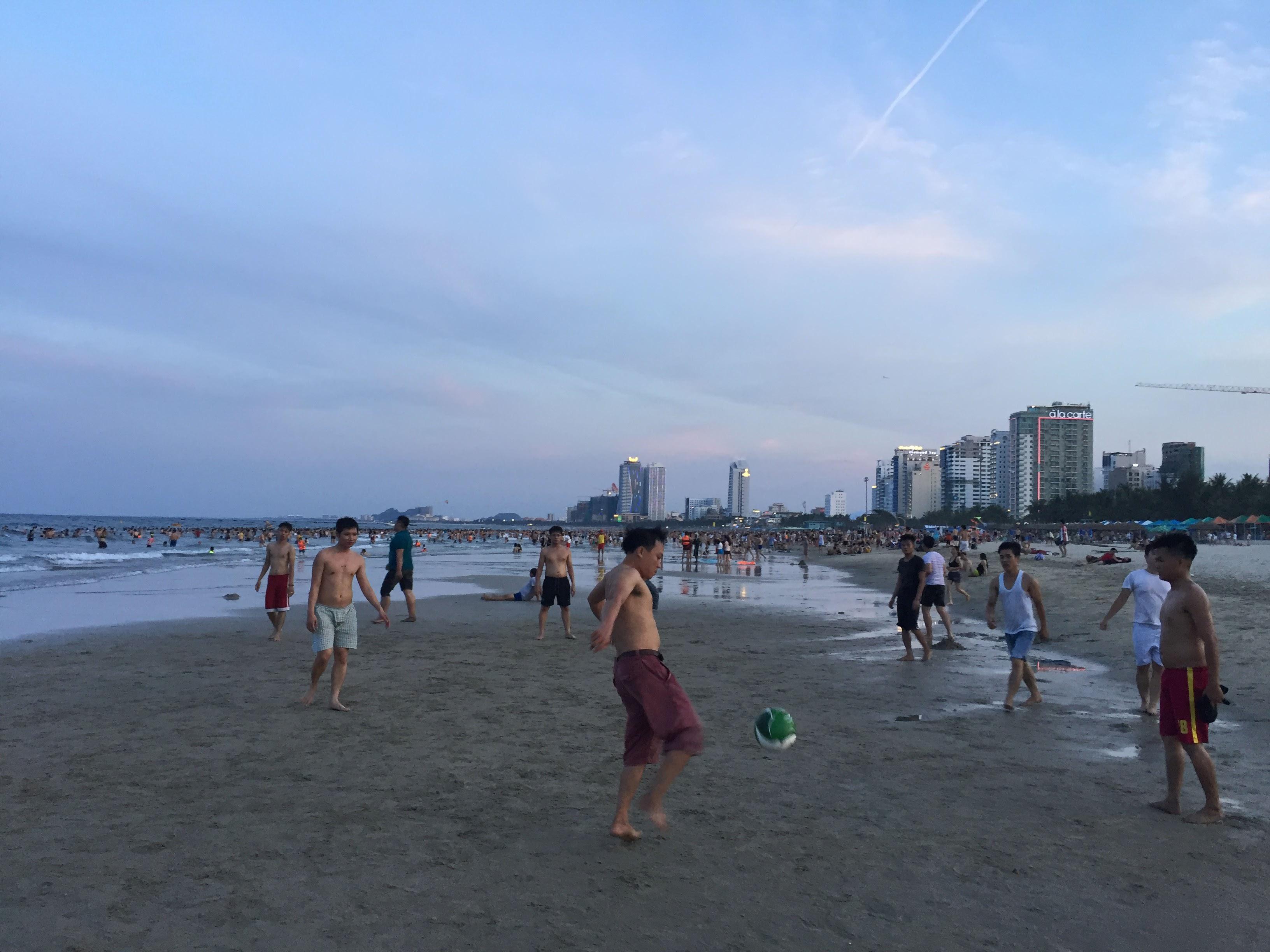 毎日ビーチサッカー出来るのは幸せ