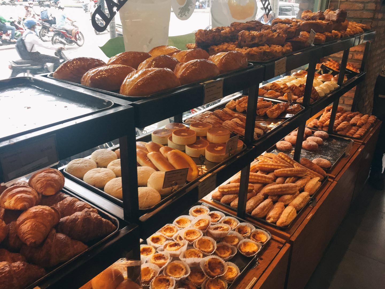 TOUS les JOURSのパン